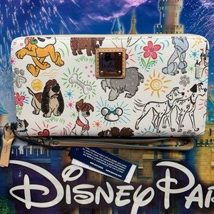 NWT Dooney and Bourke Disney Dogs Wallet Wristlet